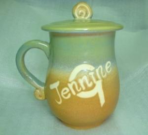 HA2008 手拉坏鶯歌陶瓷杯 綠棕色