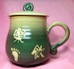 HE2003    手拉坏鶯歌陶瓷杯    梨綠色
