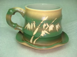 HGC301 < 梨綠色 > 手拉坏竹子形 咖啡杯