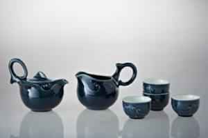 歡樂有餘茶具組歡樂有餘茶具組(一壺+六杯+茶海)