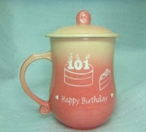 快樂杯-生日紀念杯 V1009  生日禮物 霧紅美人雕刻 蛋糕圖